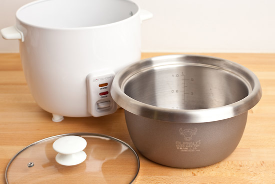 Looking For A Safe Rice Cooker?